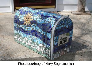 Mary's finished Mosaic Mailbox